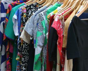 venda de roupas e celulares deve aquecer varejo em setembro apura fcdl go foto divulgacao