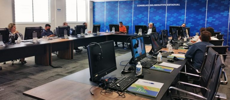 reuniao ordinaria da diretoria projeta acoes da fcdl go para 2021