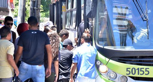 brasil ja tem capitais que suspenderam transporte coletivo lembra fcdl go