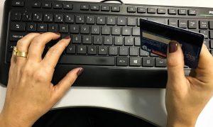 9 em cada 10 internautas compraram pela internet no ultimo ano