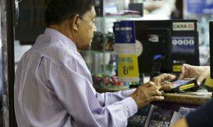 um terco dos idosos aproveitara proximos 2 anos para pagar dividas